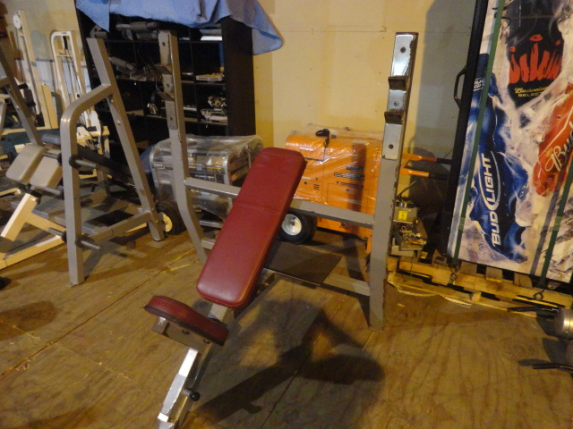 Midwest Used Fitness Equipment Maxicam Olympic Incline