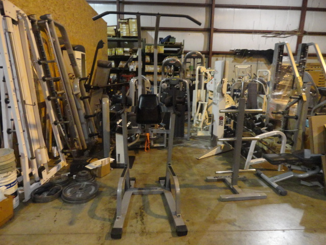 Midwest Used Fitness Equipment Nautilus Vertical Knee Raise With